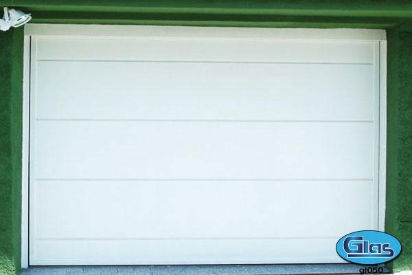 PORTÃO MODELO GL 50<div style='clear:both;width:100%;height:0px;'></div><span class='desc'>Fechamento em chapa lisa na horizontal na largura de (40cm) .</span>